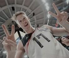 Max Holt go go USA <3