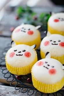 Pikachu Mushipan przepis ang. [klik]  Potrzebne składniki:  150 g self raising flour (czyli mąka z spulchniaczem) 1 łyżeczka proszku do pieczenia 50 g cukru pudru 100 g jogurt n...
