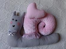 Ślimaczek. Miękki ślimaczek może służyć jako zabawka lub wygodna poduszka. Wszystkie elementy ręcznie szyte z materiału minky i dresówki. Zapraszam na boga aszi.blogsot.com i Ar...