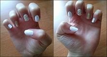 biało-złote paznokcie z wzo...