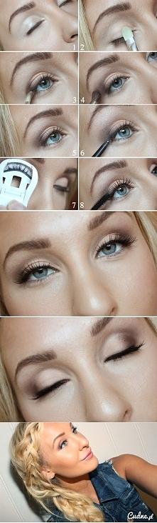 Delikatny makijaż. :)