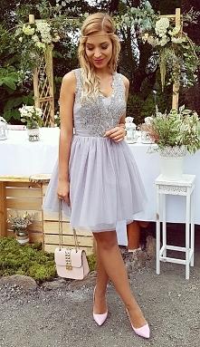 Zjawiskowa sukienka Honey b...