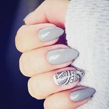 Naklejki na paznokcie:)