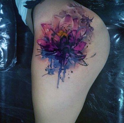 Tatuaże Damskie Kwiat Na Biodrze Na Tatuaże Zszywkapl