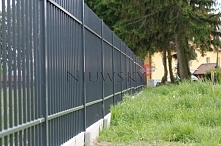 Ogrodzenie palisadowe Pretige w kolorze grafitowym RAL7016. System uzupełnia ...