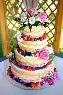Naked cake :) Co myslicie o takin torcie weselnyn? Ja uwazam ze jest cudowny :)
