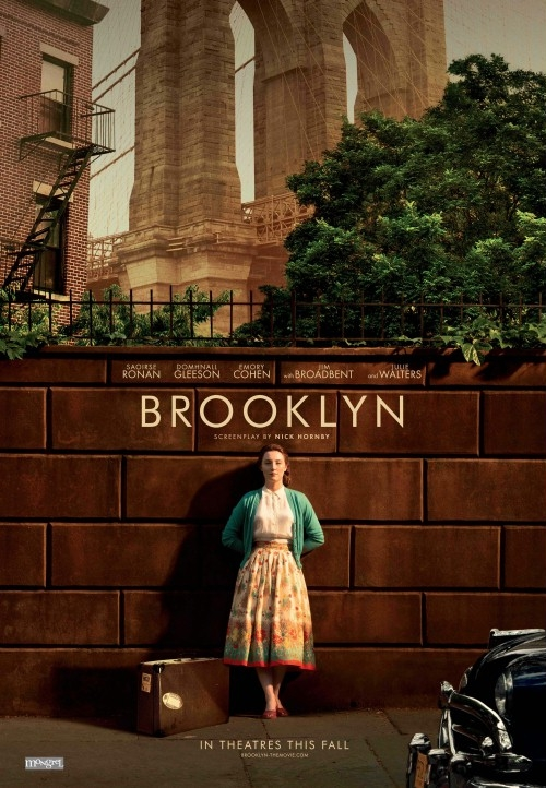 Lata 50. XX wieku. Eilis Lacey, młoda dziewczyna z Irlandii, opuszcza rodzinny kraj i wyrusza do Ameryki, by szukać szczęścia w Nowym Jorku. Początkowa tęsknota za domem mija, gdy w życiu Eilis pojawia się mężczyzna, a wraz z nim pierwsza miłość i romantyczne uniesienia. Wkrótce jednak przeszłość daje o sobie znać i Eilis musi dokonać dramatycznego wyboru między dwoma krajami i dwoma stylami życia