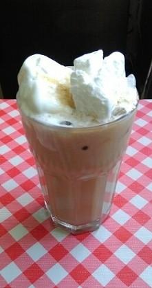 domowa kawa mrożona ;)