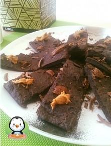 Ciasto z 4 składników bez miksera! :))   Moja siostra ostatnio eksperymentuje...