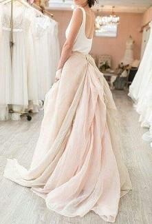 suknia pastel