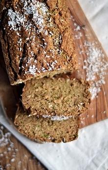 wegański chlebek bezglutenowy z cukinią