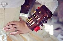 nosiłabym takie coś zamiast piórnika (w szkole) :D może kiedyś nawet zrobię f...