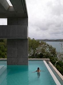 Nowoczesny dom i nowoczesny basen - zainspiruj się! Solis Residence jako kolejny dom marzeń, luksusowa willa na blogu u Pani Dyrektor! Zobacz jak zaprojektować basen z pięknym w...