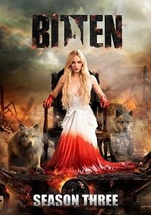Bitten (2014-2016)   Elena Michaels (Laura Vandervoort) to zwyczajna nastolat...