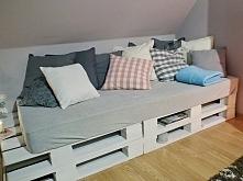 Własnoręcznie zrobiona kanapa, pomysł oczywiście ze Zszywkowych inspiracji ;)...