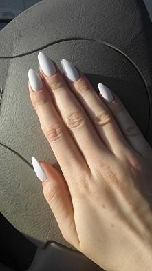 długie, białe, piękne :)