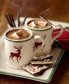 Mmmm... gorąca czekolada w święta najlepsza <3