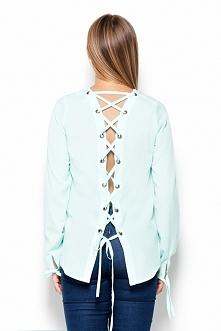 Zmysłowa koszula z wiązaniem na plecach. Idealna na imprezę albo randkę.