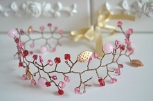 Ślubny wianek w złoto-różowym kolorem. Jadeity i Swarovski.