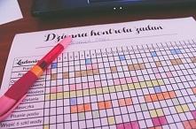 Jak zmotywować się do wykonywania domowych obowiązków? Tabelka kontroli zadań do pobrania i wydrukowania.