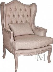 Obszerny fotel z załączoną ...