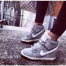 Nike dunk sky