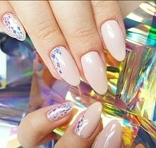 piękne paznokcie ! *.*