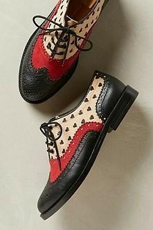 piękne buty typu oxford