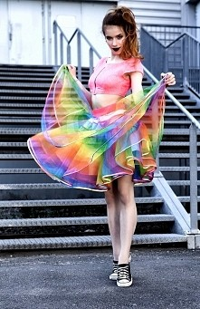 Boska  musze mieć tą spódnice *,*.