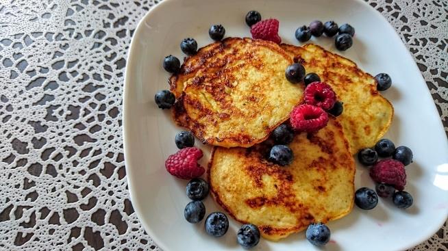 Dwuskładnikowe placuszki bananowe :) Bez glutenu, bez mleka, bez mąki, super tanio i super szybko ;)