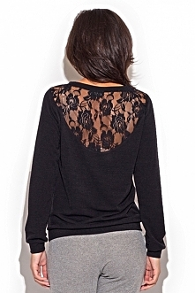 Elegancki sweter z siateczką na plecach w dwóch wariantach kolorystycznych - ecru oraz czarnym. Idealnie pasuje do spódnicy, ale zarówno do jeansów czy legginsów. Siateczka na p...