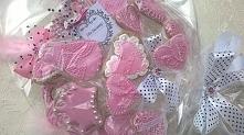 Słodki, różowy bukiet urodzinowy dla dziewczynki.