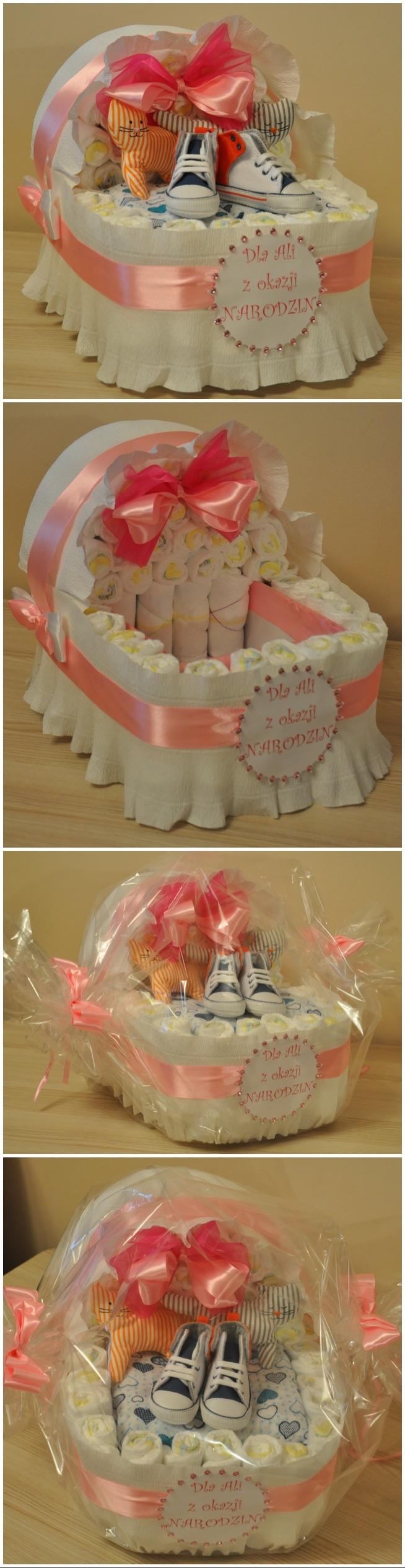 Dla Alusi z okazji narodzin... pampersowy wózek wypełniony ciuszkami :) <3 ... witaj na świecie maleństwo :))))