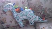 dinozaur pluszak w moim wykonaniu :-)