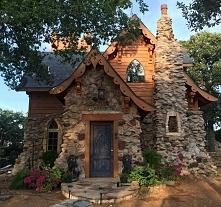 Domek z kamienia :)