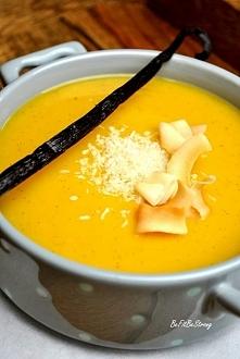 Zupa krem z dyni z wanilią i mlekiem kokosowym. Przepis po kliknięciu w zdjęcie.