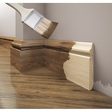 Drewniana listwa przypodłogowa, doskonale pasująca do klasycznych wnętrz. Dostępna w kolekcji sklepu dekorplanet.pl Listwa przypodłogowa LPC-22d Creativa