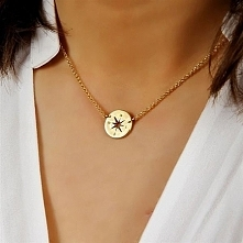 Naszyjnik w kształcie Róży Wiatrów od Filigree.pl Naszyjnik ma wskazywać nam odpowiednią drogę w naszym życiu. Kliknij w zdjęcie aby zobaczyć więcej!