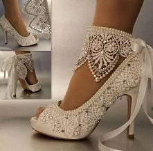 *** piękny dodatek do butów ***