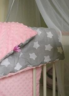 Szaro różowy kocyk w gwiazdki z milusim minky <3 Na zamówienie - kolory, materiały i wymiary do wyboru :)