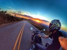 Auto czy motocykl?;)