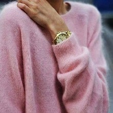 piękny sweterek *.*