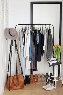 Jak dużo ubrań potrzebujesz? Zbuduj szafę kapsułową! NA blogu piszę jak :)