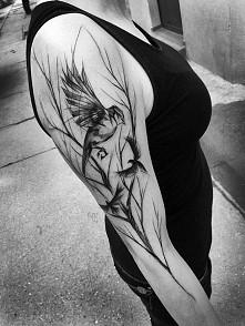 Piękny tatuaż... Tylko patrzeć i podziwiać