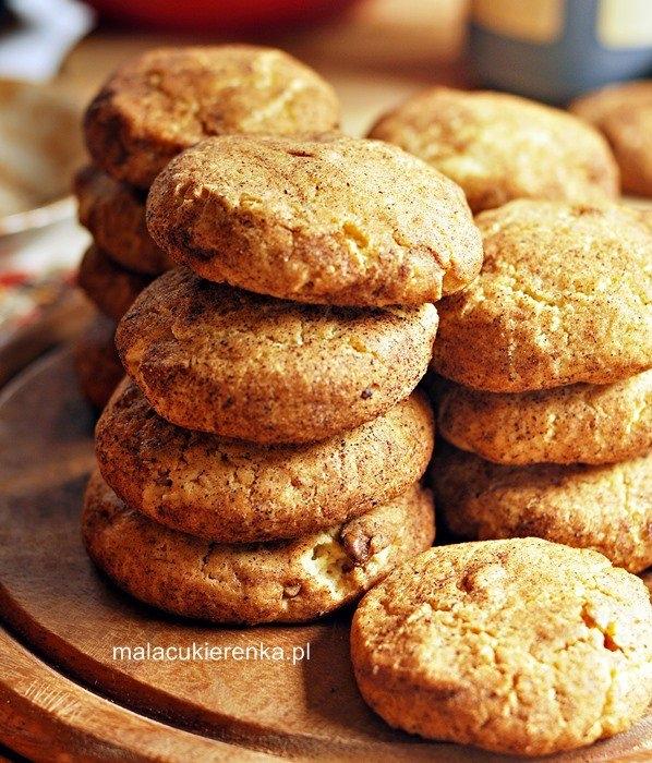 Ciasteczka cynamonowe z orzechami. Przepis po kliknięciu w zdjęcie.