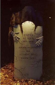 Dekoracje na Halloween na b...