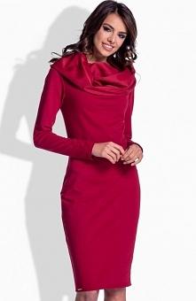 Lemoniade L159 sukienka bordowa Niezwykle komfortowa i jednocześnie stylowa sukienka, wykonana z dresowej dzianiny, długi rękaw