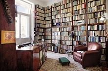 marzę o takiej bibliotece u siebie w domu <3