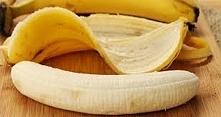 Jadła przez miesiąc 2 banany dziennie, efekt jest szokujący