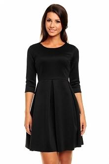 Dzianinowa czarna sukienka rozkloszowana